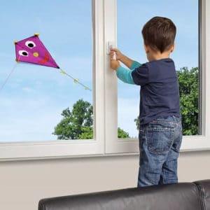 zaschita-ot-detey-na-okna-