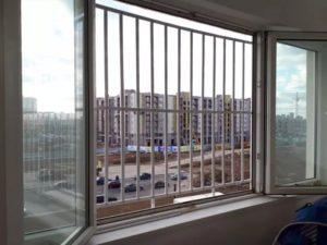 zaschita-ot-detey-na-okna